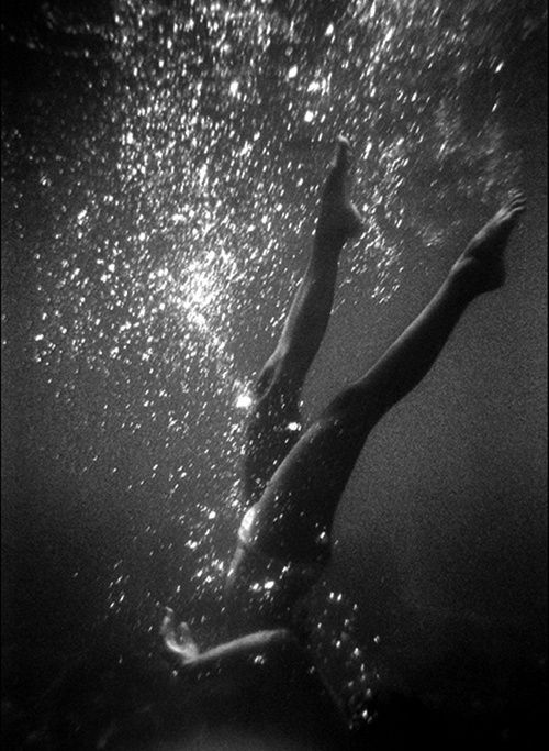 #underwater #Underwater_Photography #Black_And_White_Photography