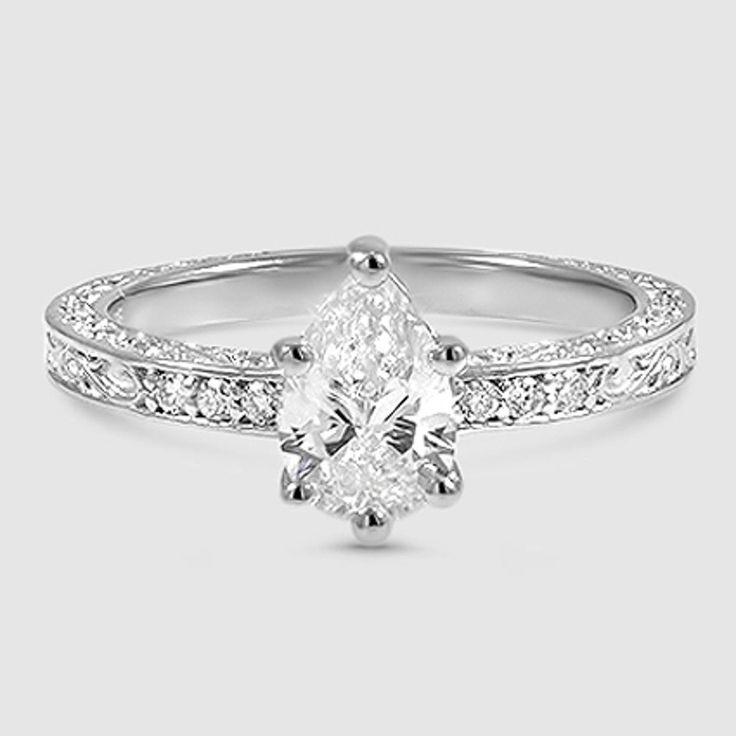 Radiant Cut zarte antike Schriftrolle Vintage inspirierte Diamant-Verlobungsring – 18 Karat Weißgold (Einstellung Preis)