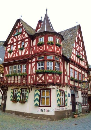 One of the oldest houses in Rheinland-Pfalz, built in 1368.  Bacharach, Germany