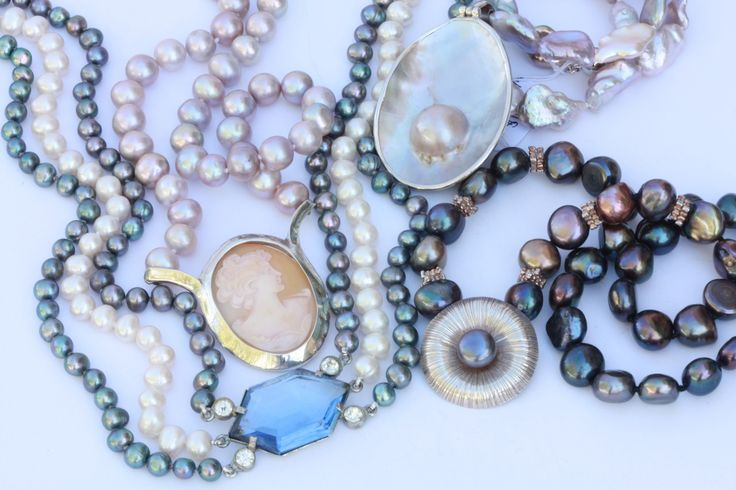 Pearl Jewellery: The Promise of Love and a Happy Marriage (Part 1 of 2) - La Vogue Vintage