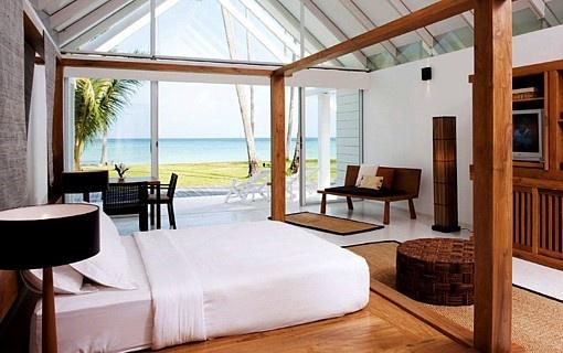 wanna sleep here...!