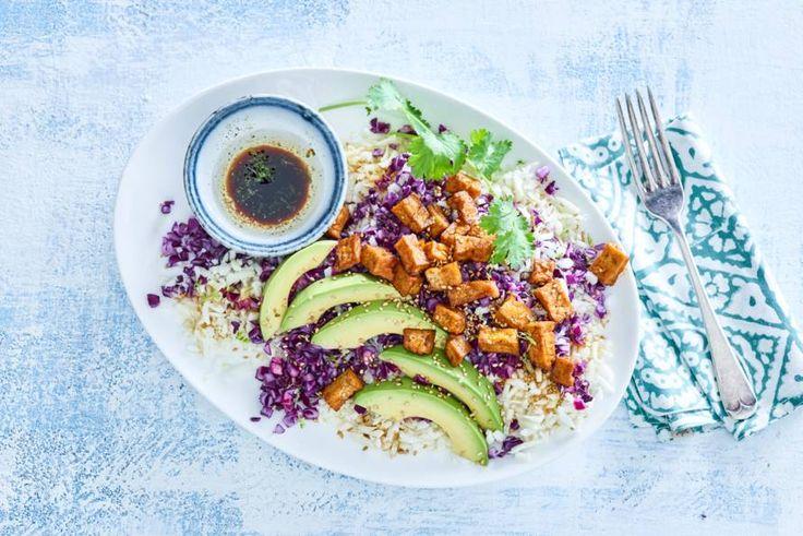 Een dagje geen vlees? Deze salade ziet er prachtig uit en is ook nog eens heel smaakvol. - Recept - Allerhande