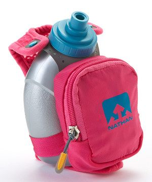 Quick runs require hydration and small essentials, making the insulated QuickShot Plus perfect for short distances. The adjustable hand strap eliminates the need to grip the flask and offers alternative hand positions. The expandable zipper pocket offers a large amount of storage, plus there's a wide collar for easy removal of the included flask.