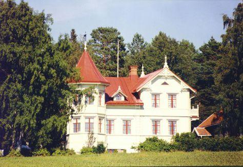 Lusthus för park & trädgård från Ytterå Snickeri, en sida om hus.