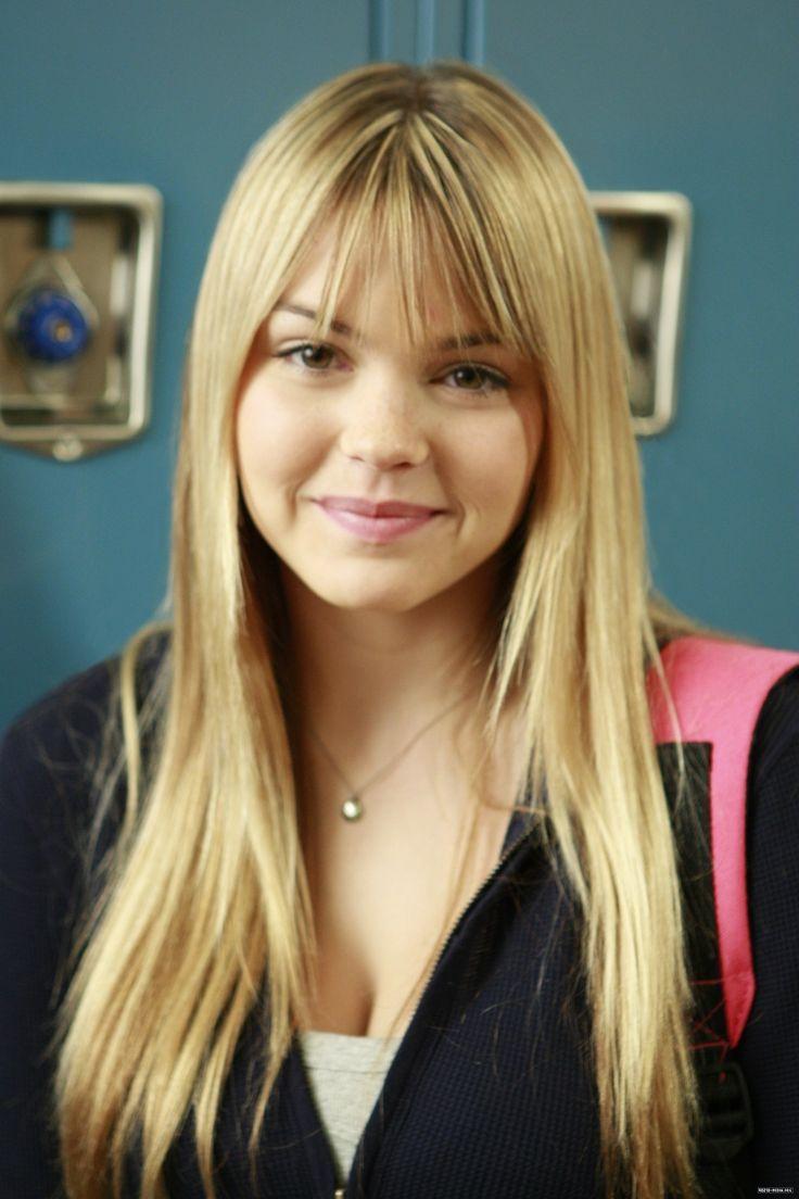 aimee teegarden prom | Aimee Teegarden 90210 1x16 episode stills