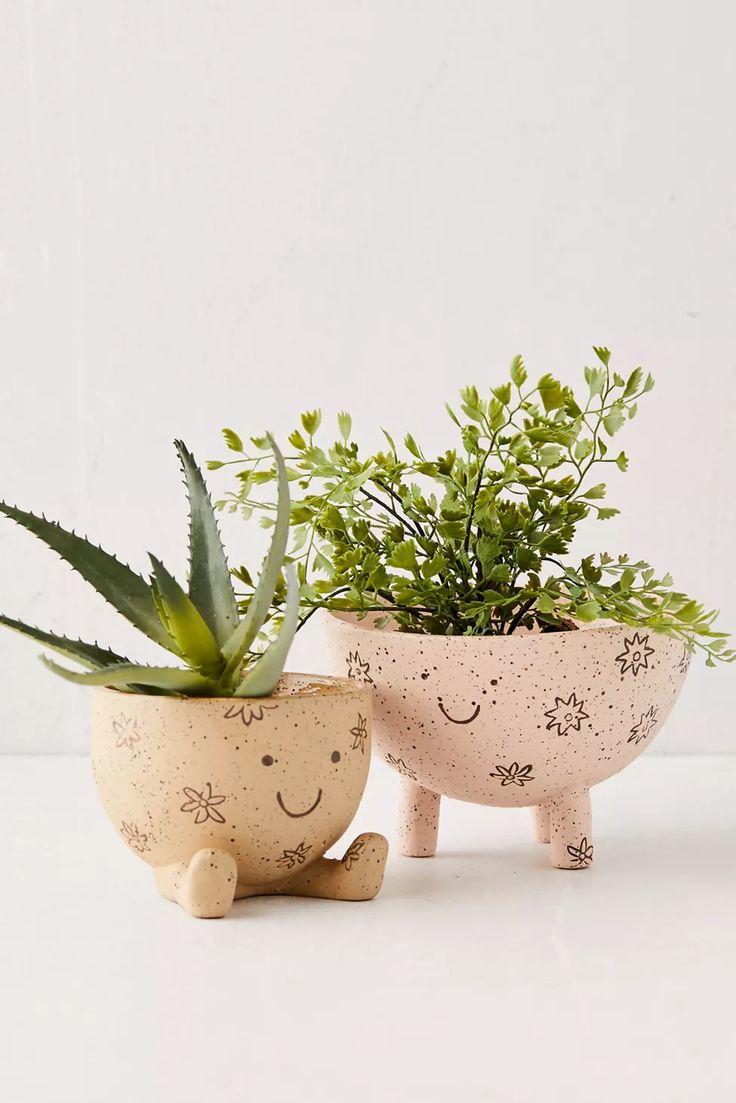 Indoor Planters, Ceramic Planters, Planter Pots, Clay Planter, Ceramic Flower Pots, Clay Flower Pots, Diy Planters, Clay Art Projects, Clay Crafts