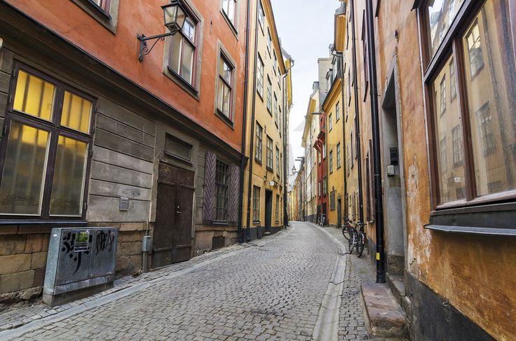 Street in Gamla Stan Stockholm - Fototapeter & Tapeter - Photowall