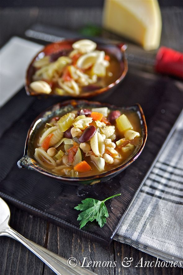 Easy Minestrone Soup via @Jean   Lemons and Anchovies
