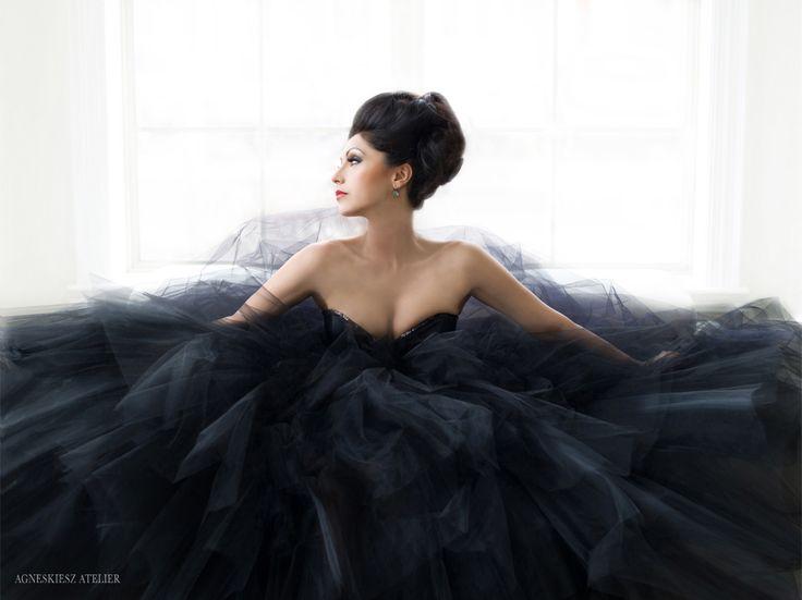 noir couture - Veronica Chail wearing Pat McDonagh - agneskiesz.com