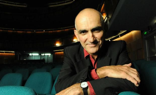 Paul Kelly presents the Merri Soul Sessions with Clairy Browne, Kira Puru and Vika & Linda Bull will undoubtedly be a highlight of the 2015 Zoo Twilight series. Saturday, 7 February 2015.  Tickets on sale now http://www.zoo.org.au/melbourne/whats-on/paul-kelly