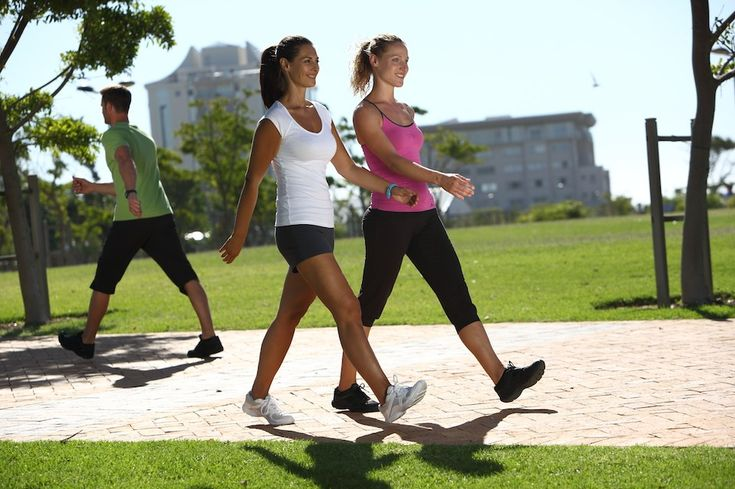 Pourquoi est-il préférable de faire de la marche à pied que de courir La marche à pied est considérée comme un sport Courir peut sembler une excellente