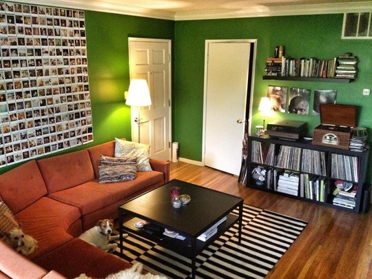 Photo WallWall Colors, Green Wall, Eclectic Diaries, Polaroid Wall, Living Room, Photos Wall, Small Spaces, Diaries Small, Pictures Wall