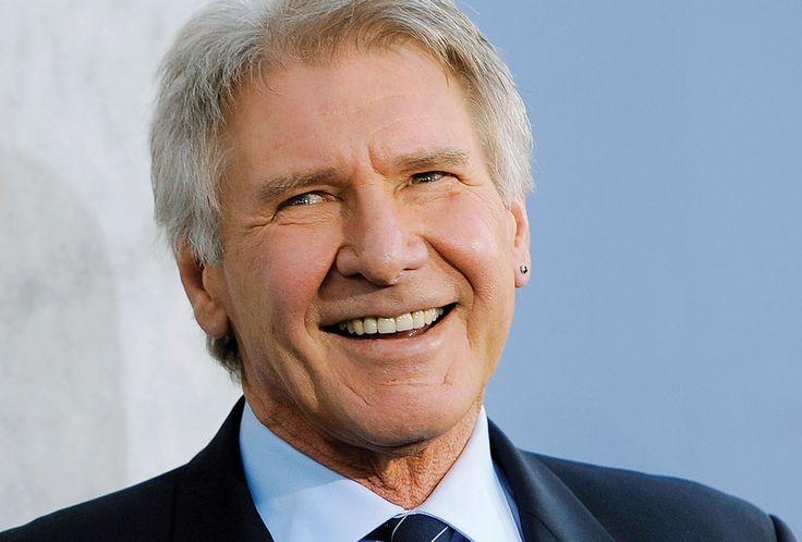 Харрисон Форд неудачно посадил свой самолет #HarrisonFord #звезды #знаменитости