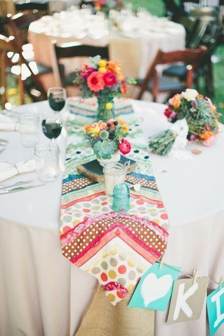テーブルコーデも気取らずカジュアルに♡ くつろげるウェディングのアイデア。結婚式・ブライダルの参考に☆