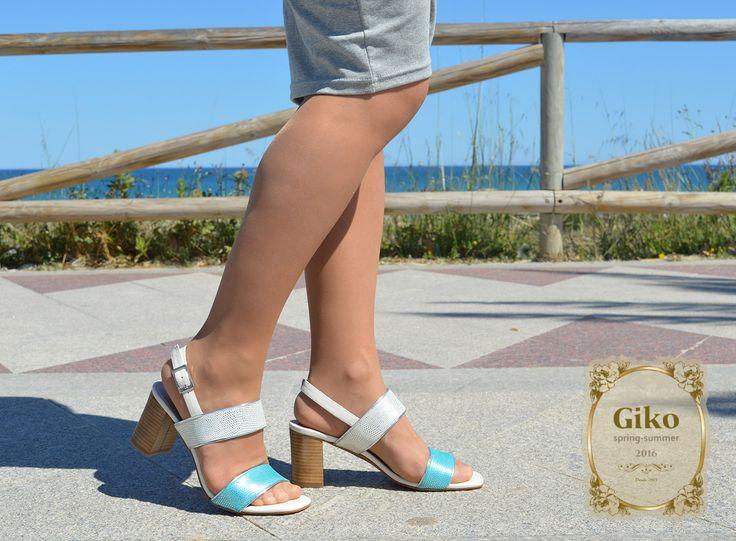 Chicas ¿qué os parece esta sandalia?