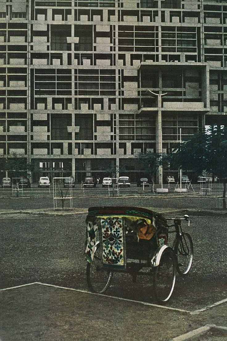 Le corbusier furniture celebrate le corbusier top 5 most famous works - Bluecote Bluecote Le Corbusier Chandigarh