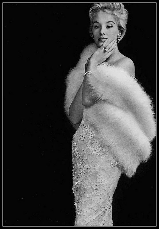 Barbara Cailleux in Carven Dress, Max Leroy Fox Stole, photo by Georges Saad, 1957