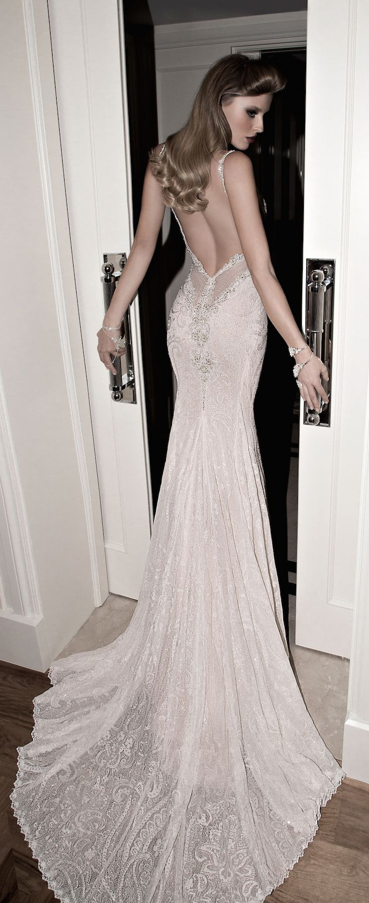 """Introducing the Norma bridal gown from our new collection, """"Tales of The Jazz Age"""" #galialahav #newcollectio"""