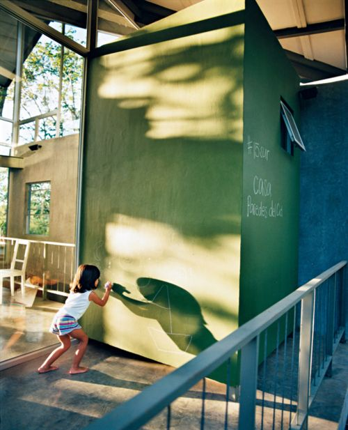 let the kids draw on the wall // dwell