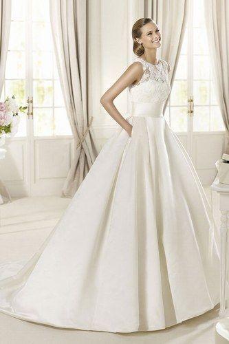 Vestido de novia con bolsillos de Pronovias
