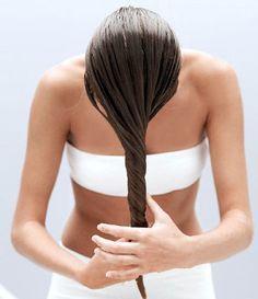 Comment bien nourrir ses cheveux avec un bain d'huile capillaire?