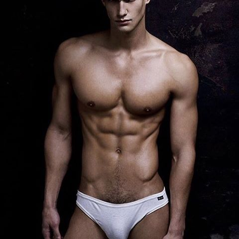 🌟 HOTHUNK AMERICA 🌟 ▶  Sexy Hunk - Kaylan Morgan @kaylanmorganone  Photo by @rickdaynyc #Hothunk #hothunkamerica #america #hotmodel #model #hotboy #sixpack #sexy #american #topless #malemodel #fitfam