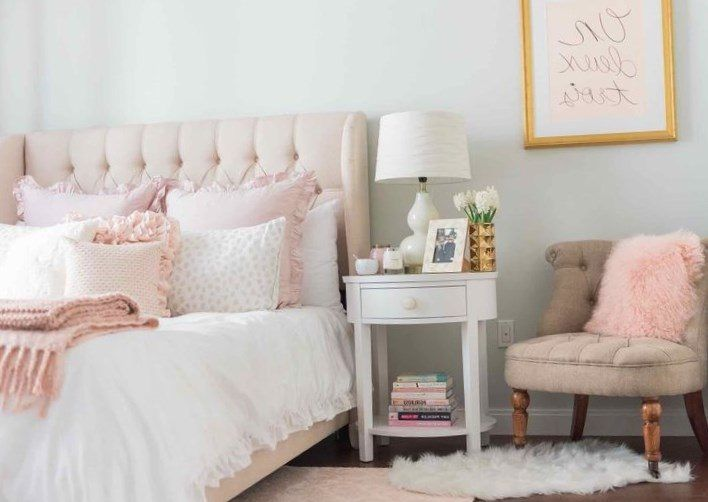 Pale pink bedroom ideas - https://bedroom-design-2017.info/designs/pale-pink-bedroom-ideas.html. #bedroomdesign2017 #bedroom