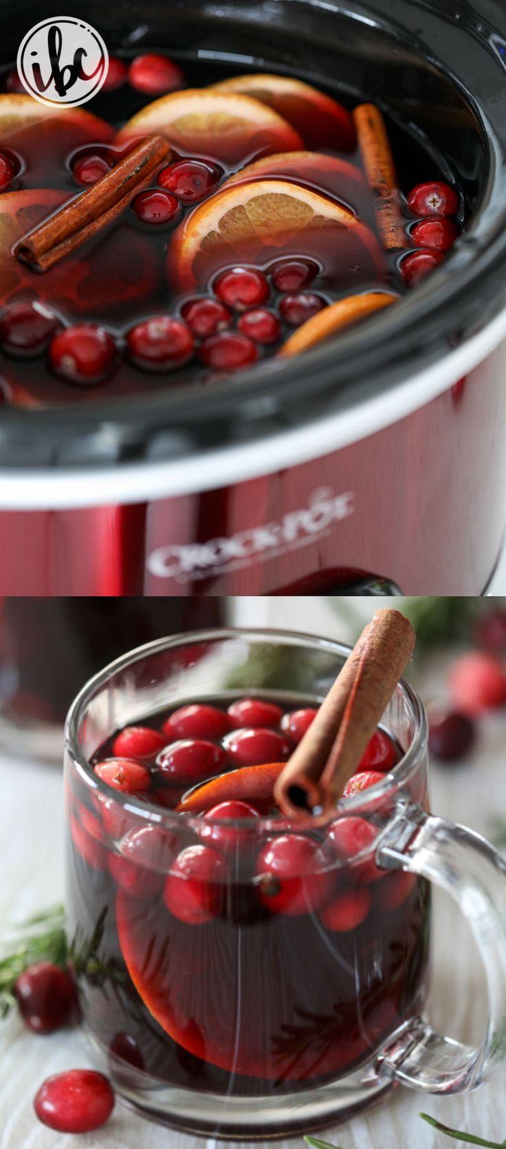 Slow Cooker Sangria  recipe #cocktail #mulledwine #crockpot #sangria