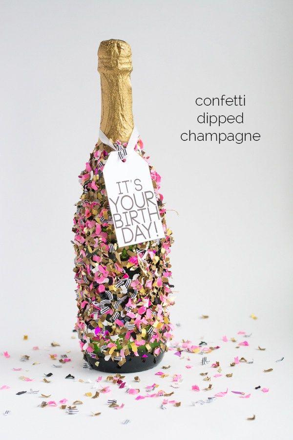 die besten 25 champagner geschenke ideen auf pinterest wein verlobungsgeschenke verlobungs. Black Bedroom Furniture Sets. Home Design Ideas