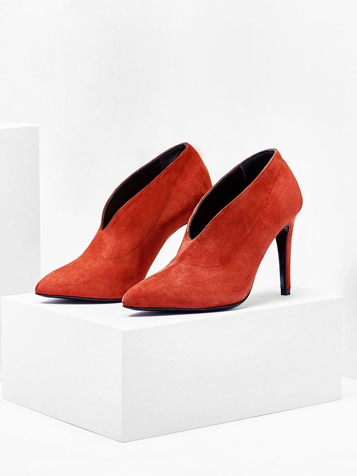 Red High Heels by Aeydé  http://www.aeyde.com/products/nola-brick-suede