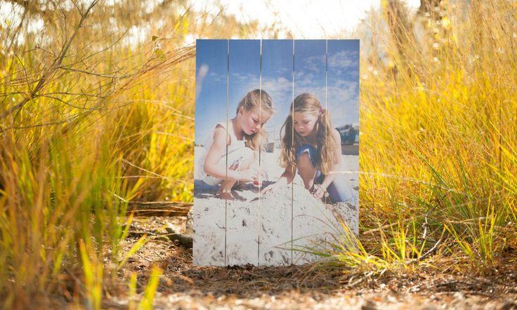Kinderfoto op Ayous   Geen last van noesten, kleurechte print, licht van gewicht.  Meer informatie over Ayous of wilt een foto op Ayous bestellen? www.timberprint.nl #fotoophout #ayous