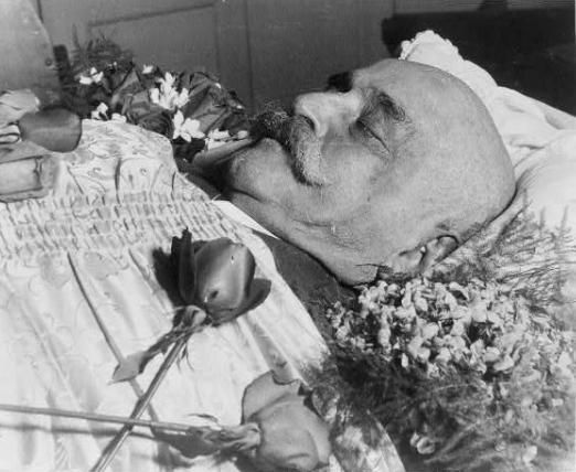 Saturday 29th of October 1949  Occult teacher George Ivanovich Gurdjieff dies due to injuries suffered in a car crash in 1948 at the age of 83 in American Hospital, 63 Blvd Victor Hugo, Neuilly-sur-Seine, Île-de-France, France.