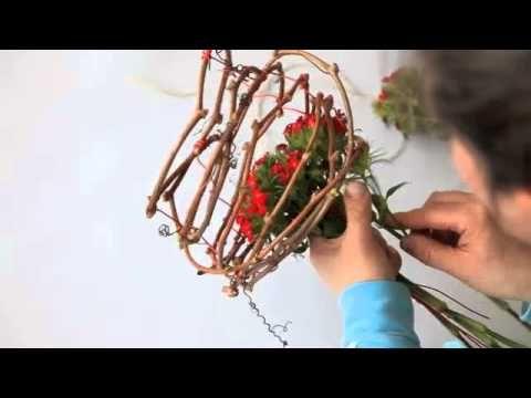 Lief voor Moederdag! Met Lovely's #Anthurium in een bedje van Duizenschoon. Bloemstylist: Elize Eveleens.