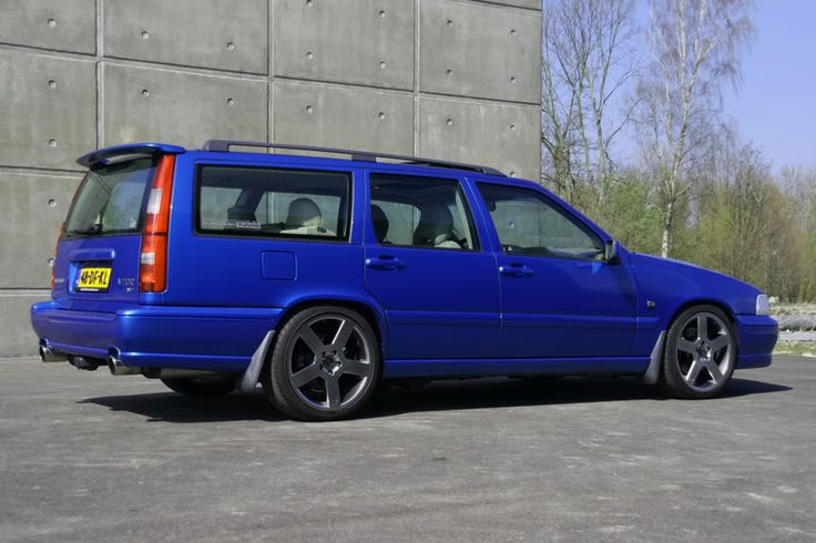 Volvo v70r I'd love to take this out for a spin.