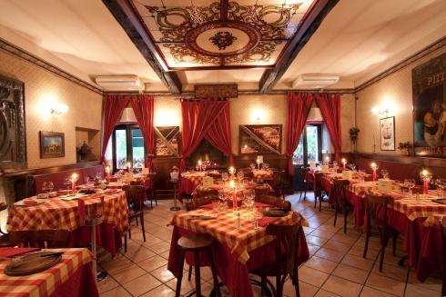 La cantinella, Torino - dove la carne cuoce sulla piastra - tel: 011.8193311       