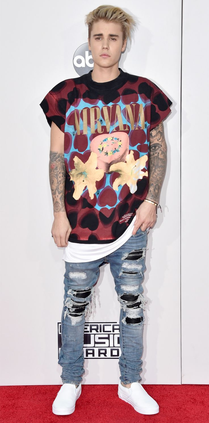 The Most Sizzling Looks at the 2015 American Music Awards - Justin Bieber from InStyle.com