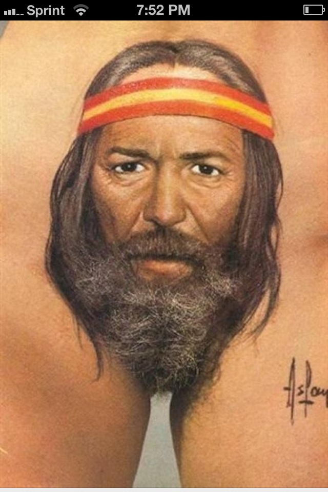 Willie Nelson tattoo. Please be an armpit. Please.