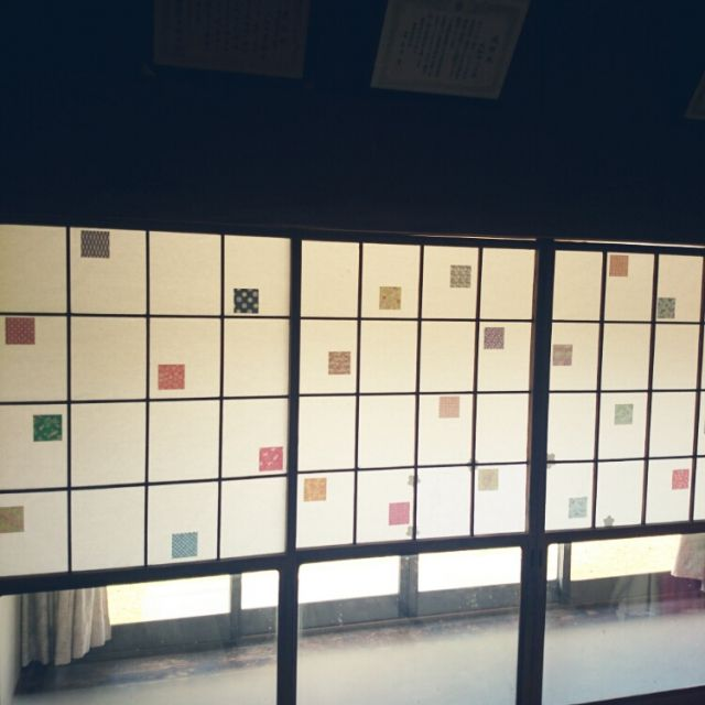 miki_l6さんの、遊び心,千代紙,障子リメイク,DIY,折り紙,実家,のお部屋写真