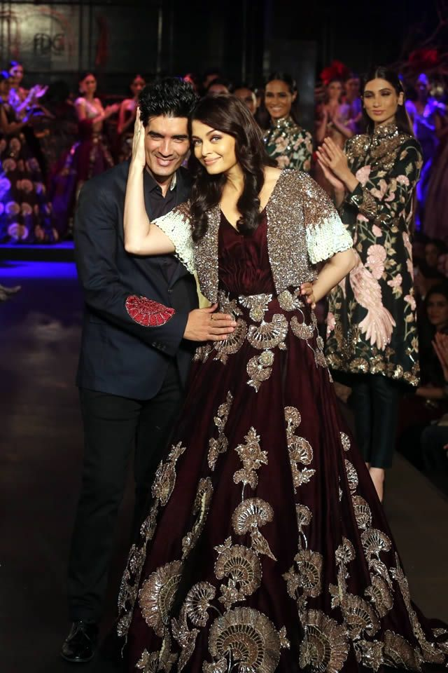 Manish Malhotra Collection at Amazon India Couture Week 2015