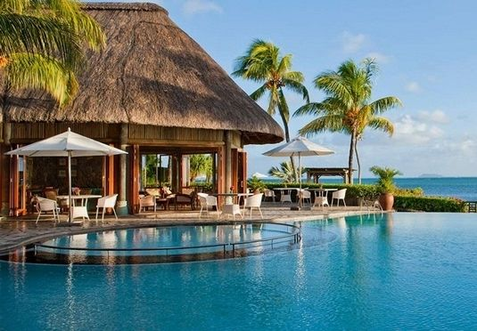 A luxury break to opulent Dubai and an all-inclusive beach hideaway in Mauritius - flights and transfers included