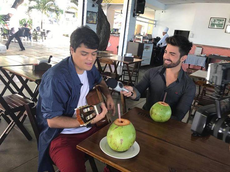 Entrevista com música ao vivo concedida por Daniel Ramon ao programa Corpo & Estilo de Vida, da TV Cidade, em Fortaleza - CE. Emissora afiliada a Rede Record.