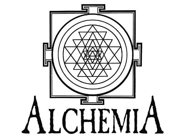 Alchemia to knajpka tętniąca życiem i wręcz kultowa wizytówka Krakowa. http://krakowforfun.com/pl/10/puby/alchemia