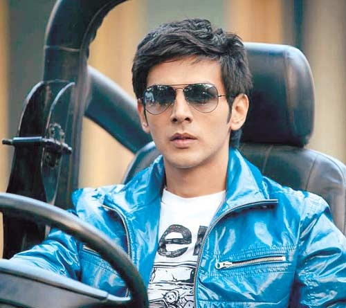 "Kartik Tiwari, ""Kaanchi is Subhash Ghai's comeback film""  Click here ➭ http://iamkaanchi.blogspot.in/ to know more."