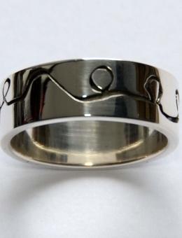 Zilveren ring van: Ringen - Marja Schilt