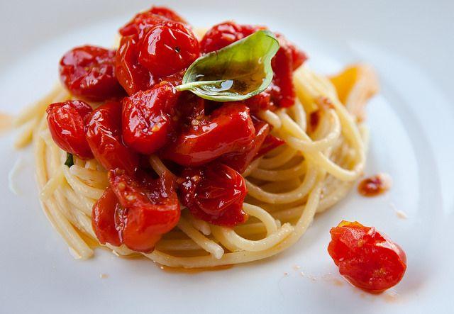 Spaghetti al pomodoro alla don Alfonso: un tentativo di copia, molto buono anche se ben lontano dall'originale