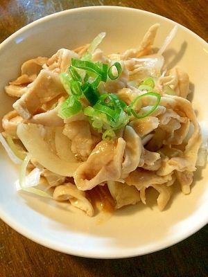 鶏皮レシピ・作り方の人気順|簡単料理の楽天レシピ 簡単&おつまみに☆新玉と鶏皮ポン酢
