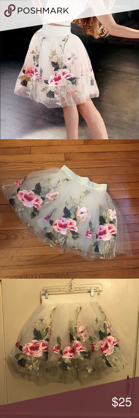 Weissman Dance Floral Appliqué Ivory Tutu Sz Small This tutu is beyond stunning! This ivory tulle tutu from Weissman Dance is covered in beautiful rose pink floral appliqués. The tutu has a spandex waist band and built in ivory brief. Perfect for a costume or styled for a party! I would pair it with a tank and your favorite leather jacket for an edgy look or a cashmere cardigan and pearls for something demure. New without tags. Measures 13 inches across the waist with a couple of inches of…