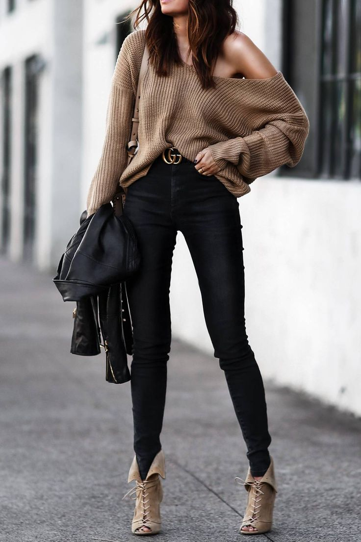 slouchy camel sweater, gucci belt, black skinny jeans, lace up heels 1