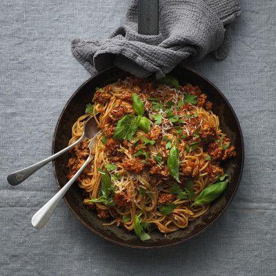 Spagetti med kycklingfärssås