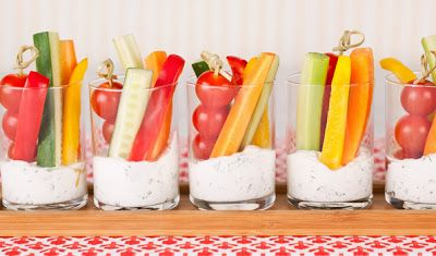 Oven Lovers: Veggie Cups with Ranch Dip